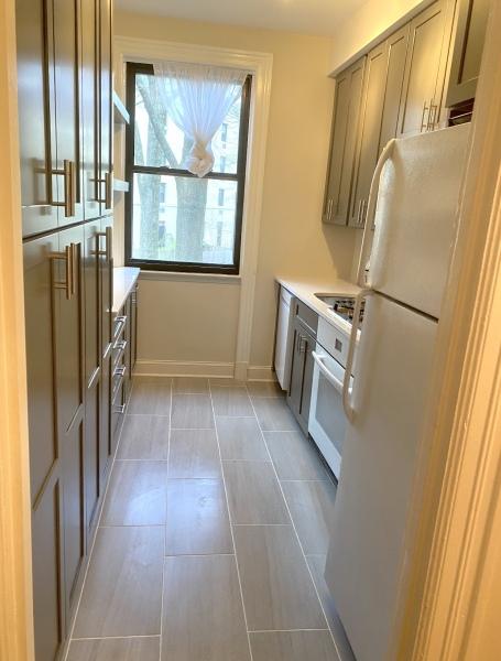 Small condo kitchen renovation